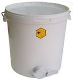 Polypropylene settler 18 l with valve 6/4''